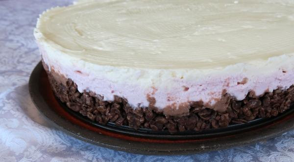 עוגת גבינה נפוליטאנית קרה ללא אפייה