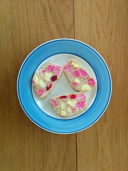 עוגיות ה15: עוגיות מרשמלו ודובדבנים מסוכרים ללא אפייה