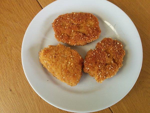 נאגטס (שניצלונים) מבשר עוף טחון