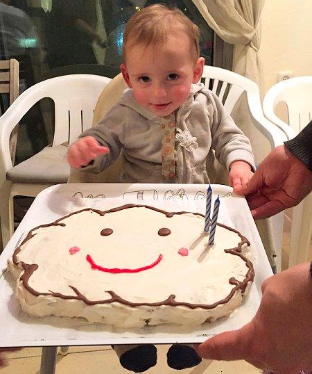 עוגת יום הולדת בצורת ענן